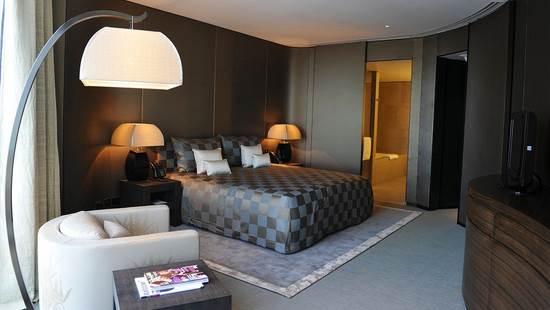 armani_hotel_dubai1.jpg