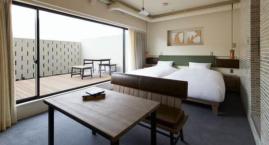 hotel-anteroom1.jpg