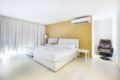 Huge One-Bedroom Apartment - Singapore Hotels